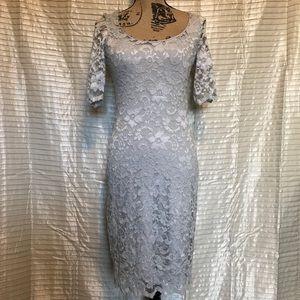 Belle Badgley Mischka Sz2 Lace flower dress silver